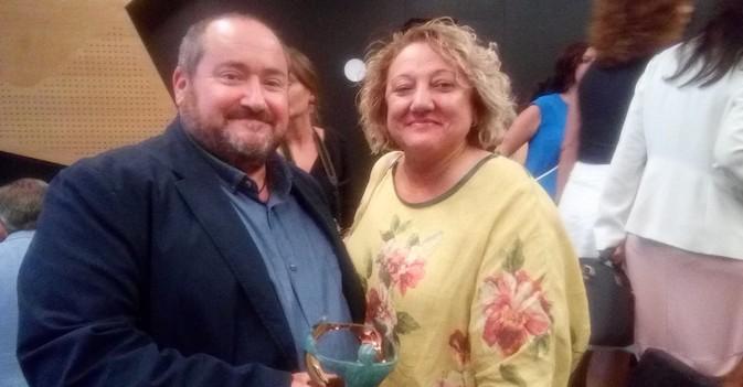 La ONCE premia la dedicación y solidaridad con los mayores y discapacitados de Juan Vela, presidente de Lares