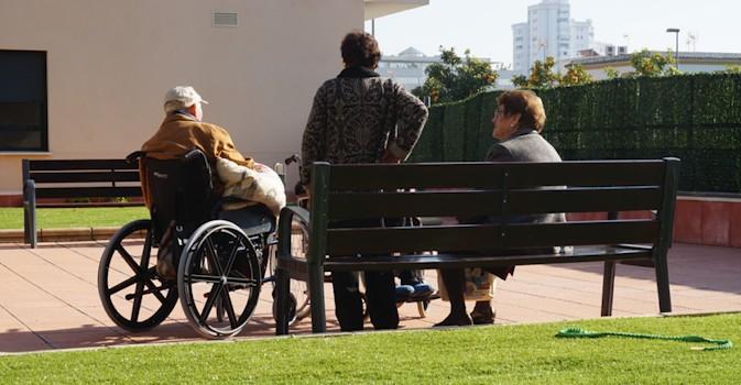 Los mayores de La Rioja podrán elegir residencia y solicitar plaza con sus familiares