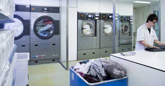 Ventajas y recomendaciones para una lavandería interna geriátrica