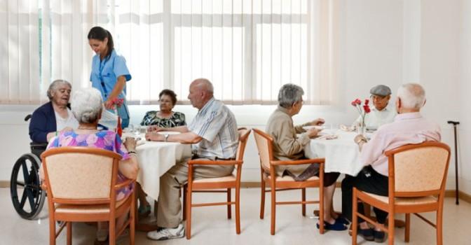 Madrid pone en marcha los cursos y talleres 2017-18 de los centros de mayores