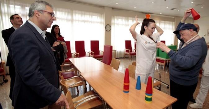 La Comunidad de Madrid destina 28 millones para ayuda a domicilio a dependientes