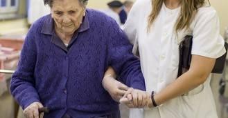 El Instituto Valenciano de Atención Social-Sanitaria convoca las bolsas de sustitución de cuidadores