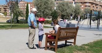 Uno de cada cuatro abuelos españoles cuida de sus nietos alrededor de siete horas diarias
