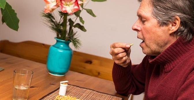 La institucionalización en los centros residenciales reduce el consumo de fármacos entre los mayores