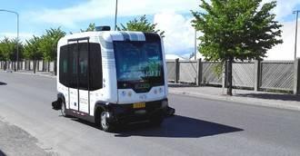 Mirando al exterior. Microbuses autónomos para trasladar a los mayores en Japón