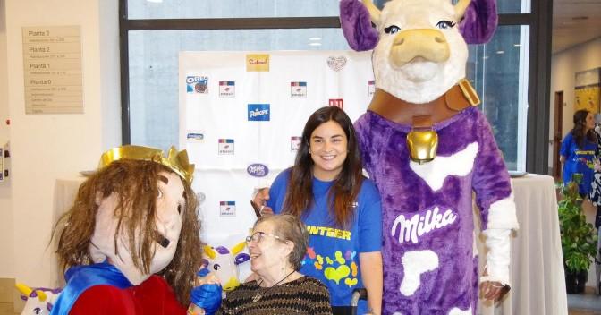 Mondelez International facilita un encuentro intergeneracional para acompañar a las personas mayores de Amavir