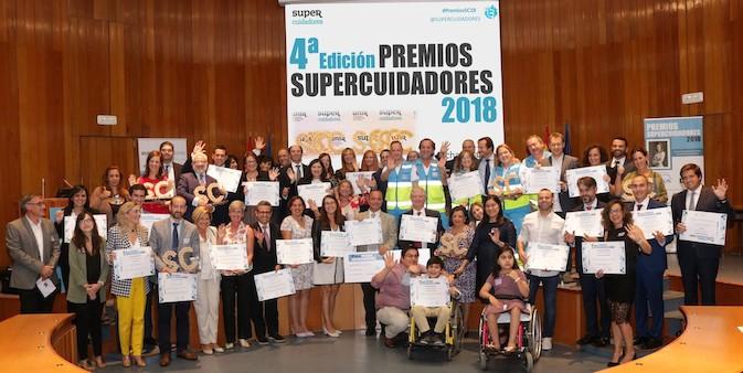 SUPERCUIDADORES entrega sus IV Premios a cuidadores, empresas, entidades y administraciones