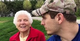 Visto en la red. La abuela más viral del planeta
