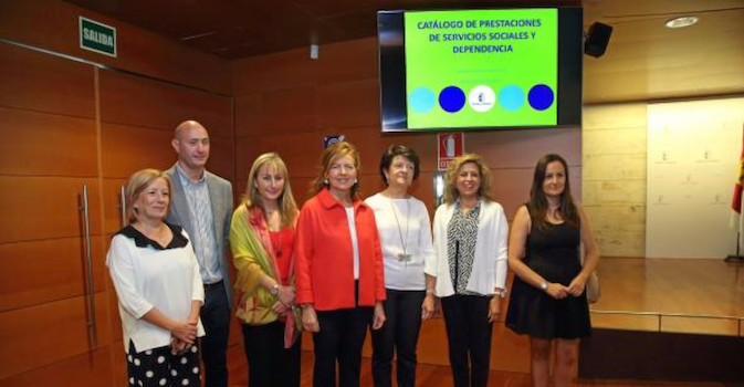 Castilla y La Mancha presenta un catálogo con 34 prestaciones de Servicios Sociales y Dependencia