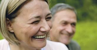 Más del 38% de los mayores de 60 años lleva implantes dentales