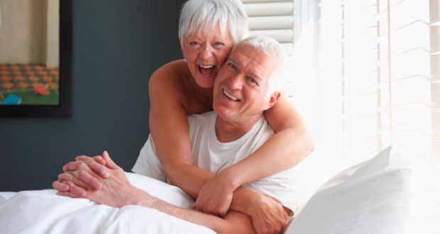 Cómo incentivar la vida sexual desde el propio centro geriátrico