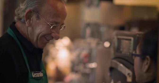 Visto en la red: Mayores trabajando en la cafetería más famosa del mundo