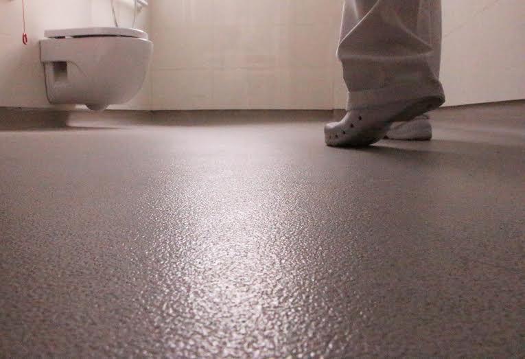 bded27066 Casa Vapor Gran Mútua Terrassa elige suelos Altro para sus baños ...