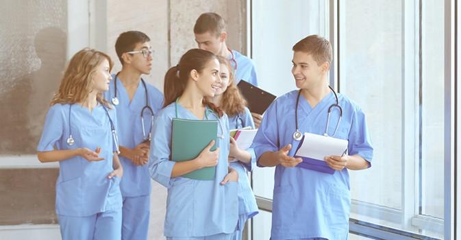 SUPER Cuidadores + UNIR, la mayor oferta formativa online para personal sociosanitario