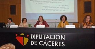 Cáceres estudia abrir el servicio de Teleasistencia a cualquier persona en situación vulnerable