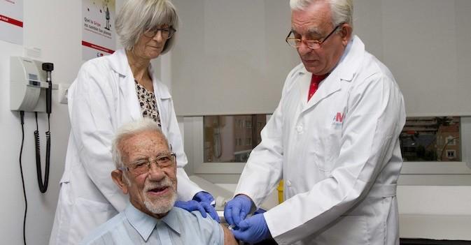 La CAM inicia la campaña para vacunar de la gripe a un millón de madrileños